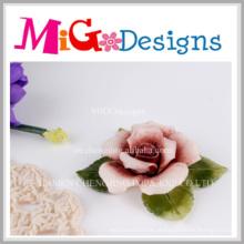 Castiçal decorativo da flor cerâmica elegante