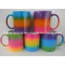 Caneca da cor do arco-íris, caneca do revestimento da cor