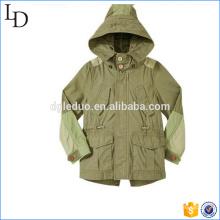 Chaqueta con capucha para niños con bolsillo de carga y estilo para venta al por mayor