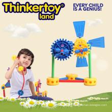 Развитые пластмассовые спортивные и развивающие игрушки для детей