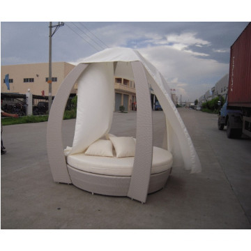 Garden Pe Rattan Bed Outdoor Rattan Metal Lounger