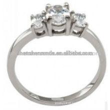 Wholesales barato personalizado aço inoxidável modelos anéis para as mulheres em 3 zircão