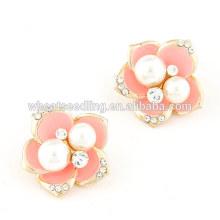 Boucles d'oreilles à la perle à la perle aux fleurs coréenne