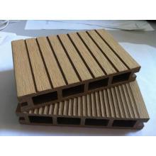 Suelo de tarima compuesto sintético de madera y plástico para terraza