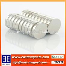D15x4mm kleine runde Scheibe Permanentmagnet mit ni-beschichtete / starke Magnet Scheibe Form zum Verkauf