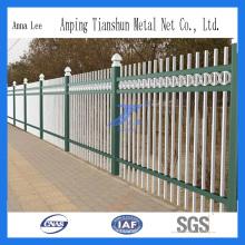 Barrière de sécurité en treillis métallique enduit de PVC