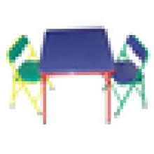 Table et chaises enfants colorées à chaud