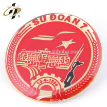 High quality zinc alloy round gold print custom button pin in metal crafts