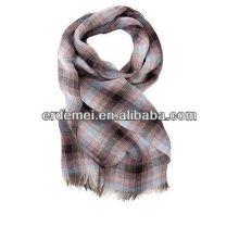 Graceful cotton fashion checkered scarf