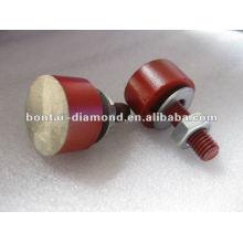 Round diamond segments for floor grinding