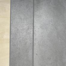 Rutschhemmender Zement grauer SPC-Steinbodenbelag