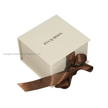 Manufacturer of Jewelry Box Cosmetic Paper Gift Box with Ribbon