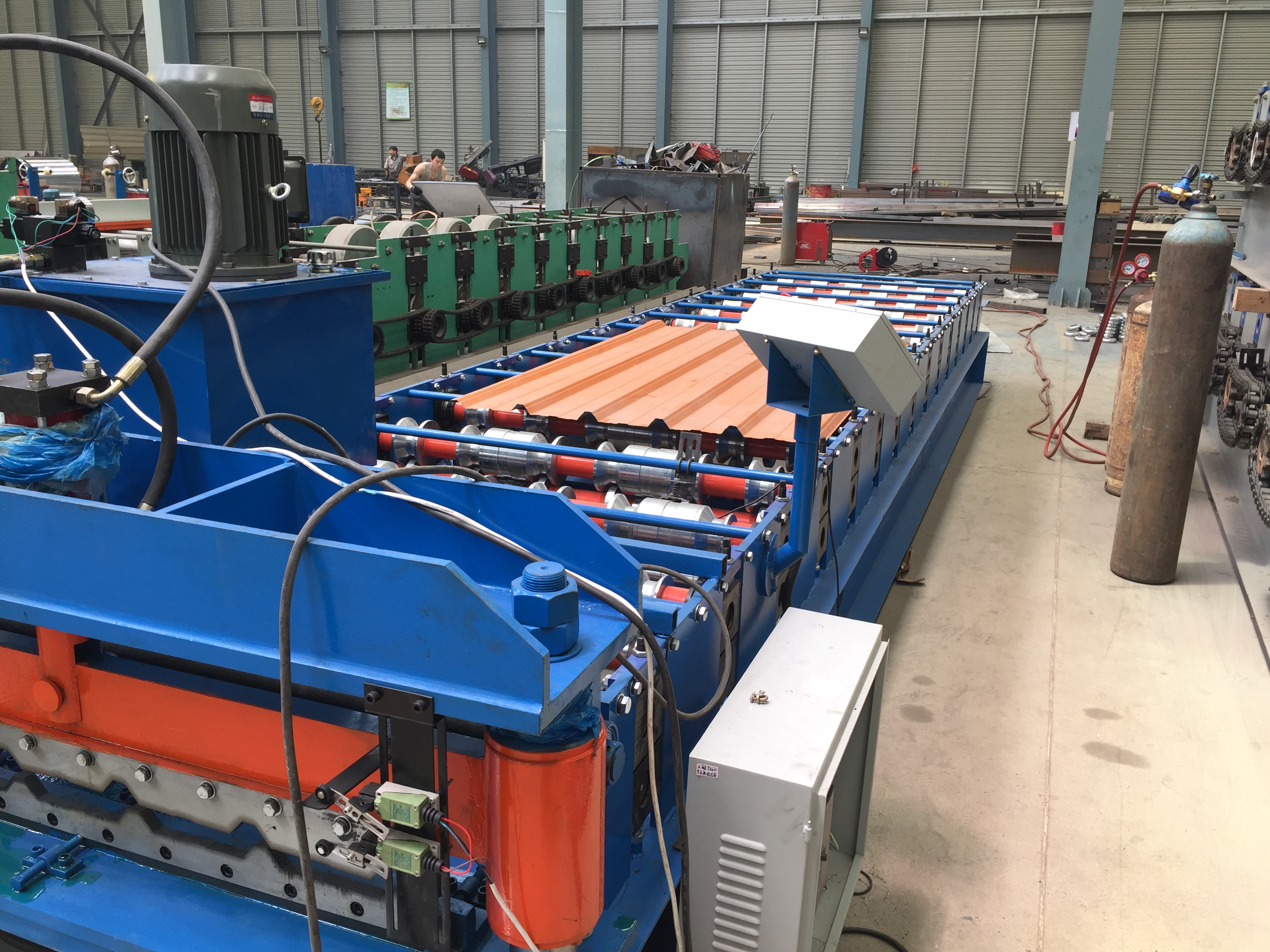 IBR trapezoid roof sheet roll forming machine