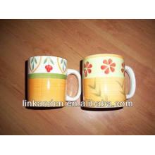 Haonai 2014 bonita 11 oz pintado a mano taza de cerámica de flores