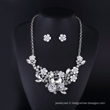 Clear Crystal Rose et Rabbit Sharp Collier Set pour les femmes