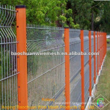 The welded triangle bending guardrail