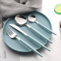 Venta al por mayor ABS Plastic Handle Inoxidable Cubiertos Set