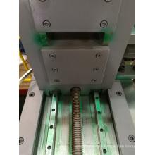 Máquina cortadora de descarga automática de tensión móvil