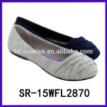 Las señoras planas vendedoras calientes de los zapatos de la comodidad forman a señora los zapatos 2015