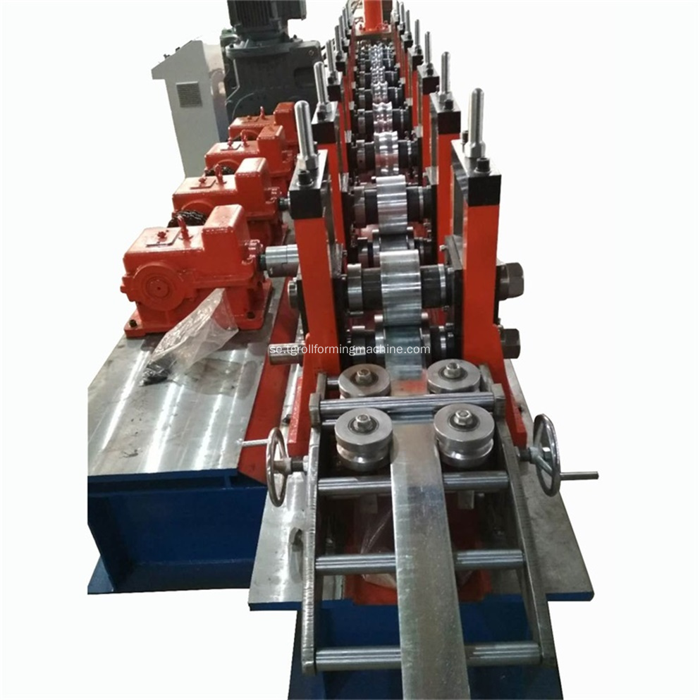 Stål Metal Palisade Fence Post Roll Forming Machine