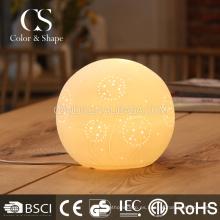 Lámpara de mesa moderna del modelo del diente de león de la forma de la bola al por mayor
