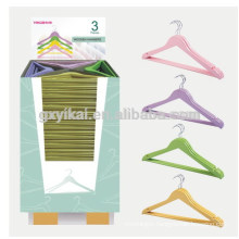Set of 3 wooden hangers for clothes in many colors
