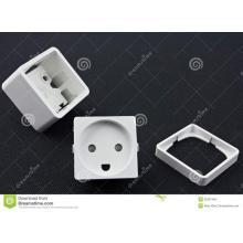 Composants en plastique de prise électrique