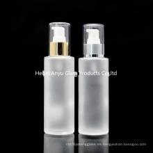 Venta al por mayor vacía 100ml 120ml 150ml botella de vidrio esmerilado para cosmética con Spray Pump Stock