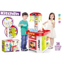 Кухонные игрушки супер-западного стиля - с открытым холодильником и выходом для воды