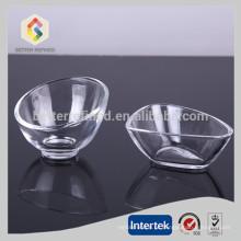 Tigela de cristal de forma irregular