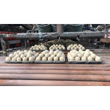 Abrasive alumina ceramics grinding ball in grinding machine