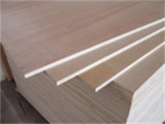 Furniture-Grade-of-Commercial-Plywood