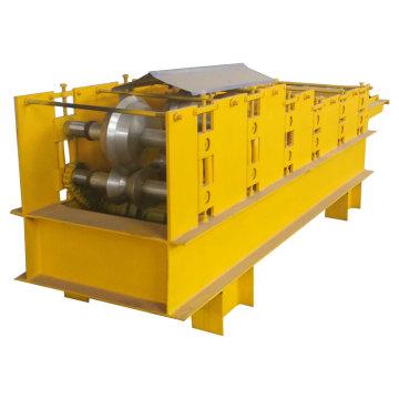 Machine de formage de rouleaux de capuchon de toit en acier de couleur