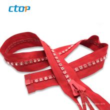 custom fancy large decorative plastic diamond big teeth zippers for bags zippers for clothes rhinestone zipper