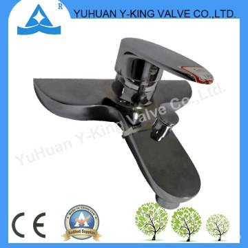 Single Handle Brass Faucet for Bathroom (YD-E014)