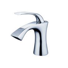 Torneiras de série com banheira de chuveiro de cozinha e bacia