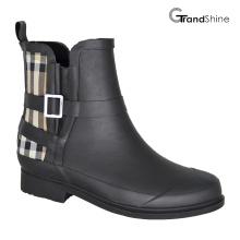 Moda feminina Black & Burberry Check Rubber Riding Rainboots