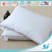 Мягкая подушка из 10% белого гусиного пуха и перьев