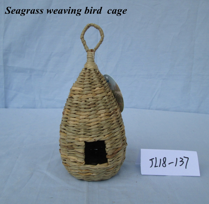 Seagrass weaving bird cage
