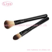 Kosmetische Werkzeug schwarzen Griff Make-up Pinsel Foundation