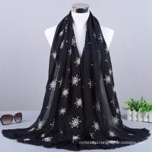 New arrival fashion pattern plaid wholesale cotton and viscose 2017 women hijab scarf