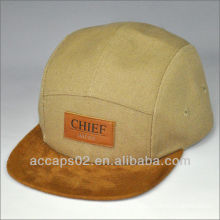 canvas 5 panel hat with leather patch