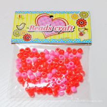 Granos plásticos al por mayor China, perlas plásticas coloridas del agujero grande