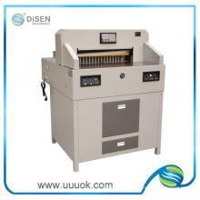 Alta precisão mais vantagens a máquina de corte de papel
