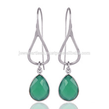 Onyx in Green Solid Silver Earrings made for Womens at best price