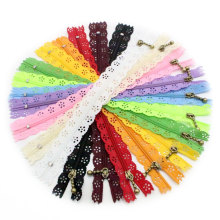 Wholesale Low Price Fashion Nylon Beautiful Lace Zippers For Bags Jeans Pants
