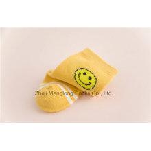 Smile Face Designs Calcetines de algodón Little Girl Smooth dentro de los calcetines