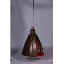 Lámpara grande colgante de color marrón
