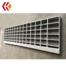 Galvanized Steel Stair Tread with Checkered Plate / T3 Stair Tread