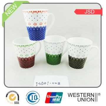 Nouvelle tasse de café en grès de style